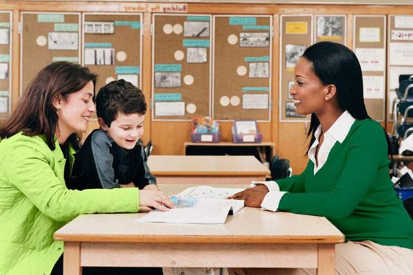 Image source: https://www.laprensa.hn/familiayhogar/933502-410/relaci%C3%B3n-de-padres-y-maestros-favorece-el-aprendizaje